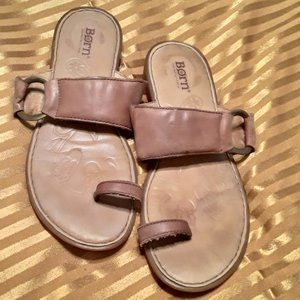 Born Sandals Leather Yana Slip On Toe Ring